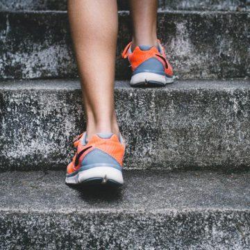 Wchodzenie po schodach – czy to już sport?