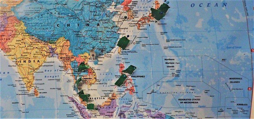 Azja z dziecmi_ Zbierajsie w Azji