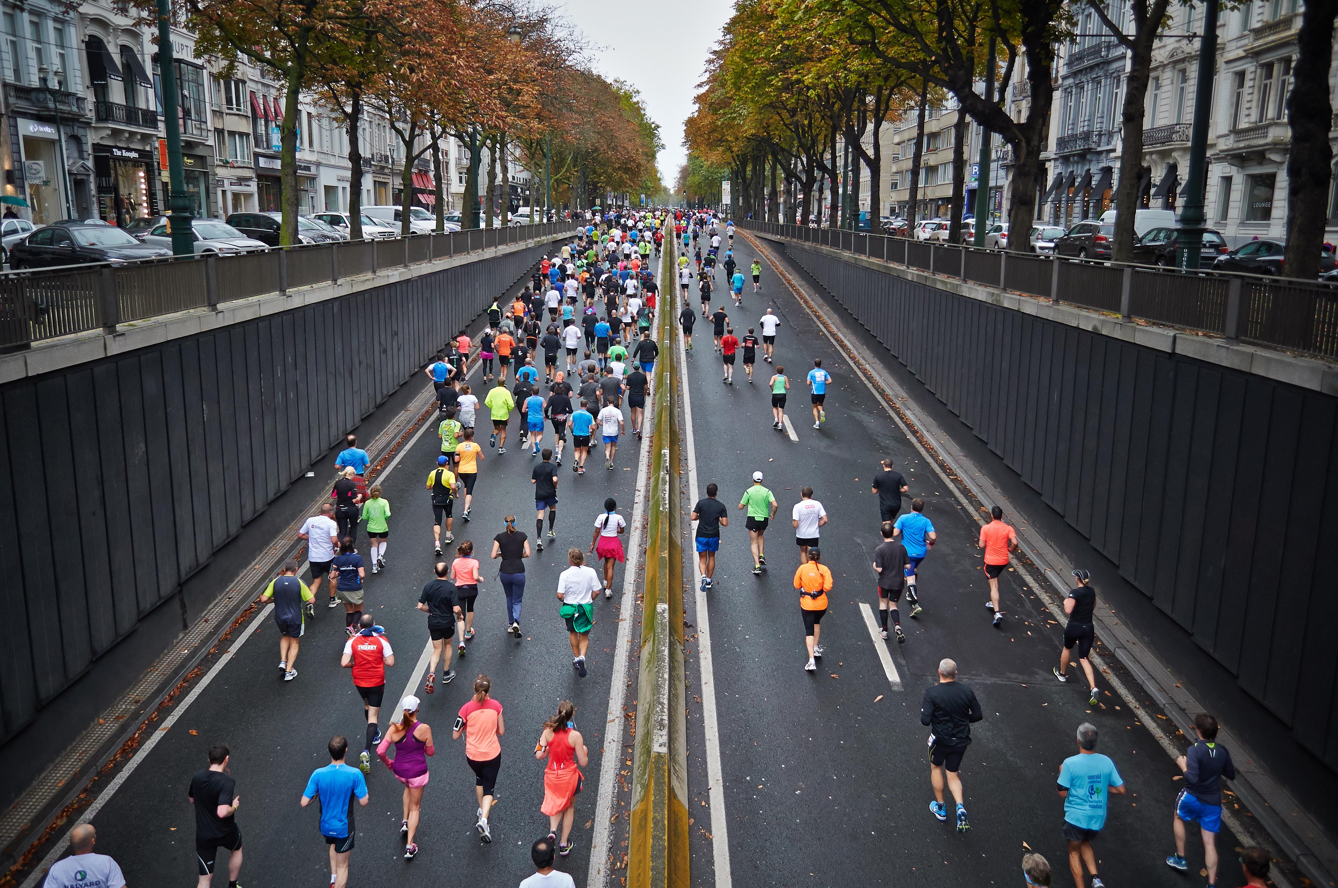 maraton, wszyscy kochają sport