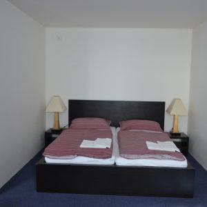 Sypialnia w studio /pokój standardowy