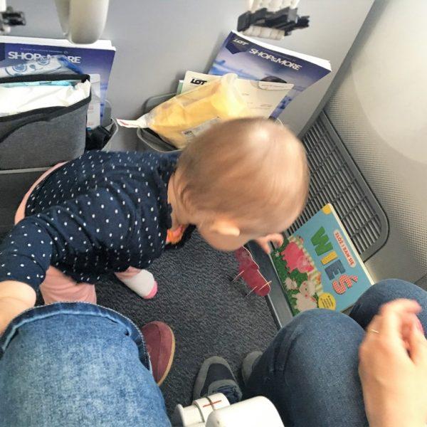 podróż doUSA zdzieckiem_kabina samolotu 2