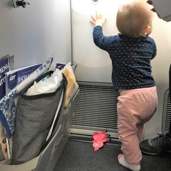 podróż dousa zdzieckiem_ kabina samolotu_zbierajsie