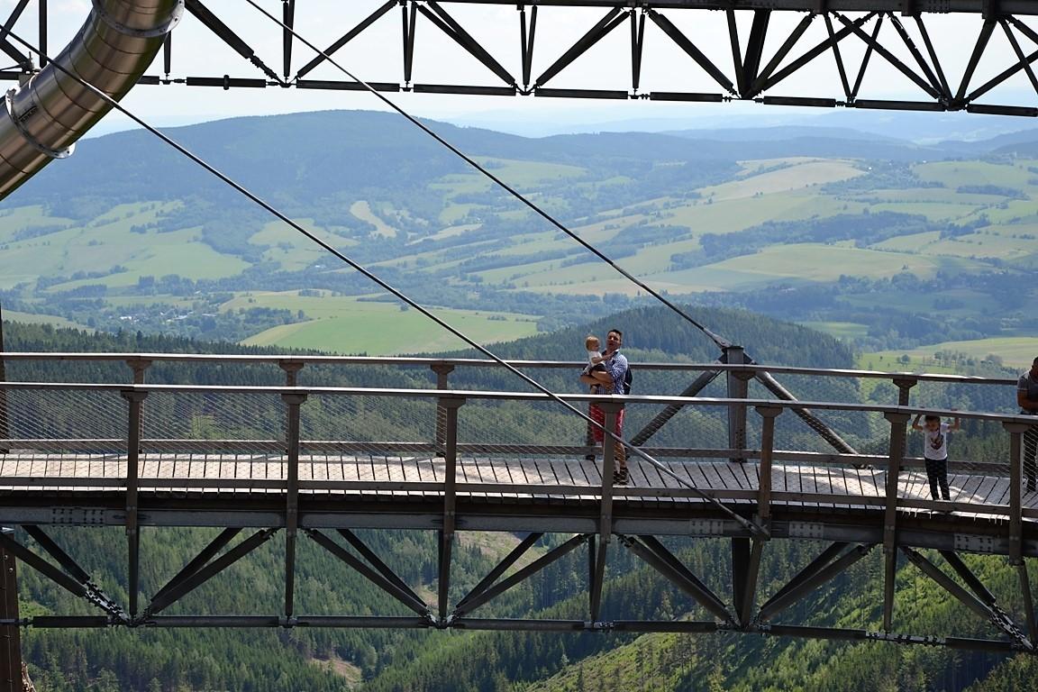 Spacer wChmurach nasciezka-w-chmurach-Sky-walk-Dolni-Morava-zbierajsie (29)