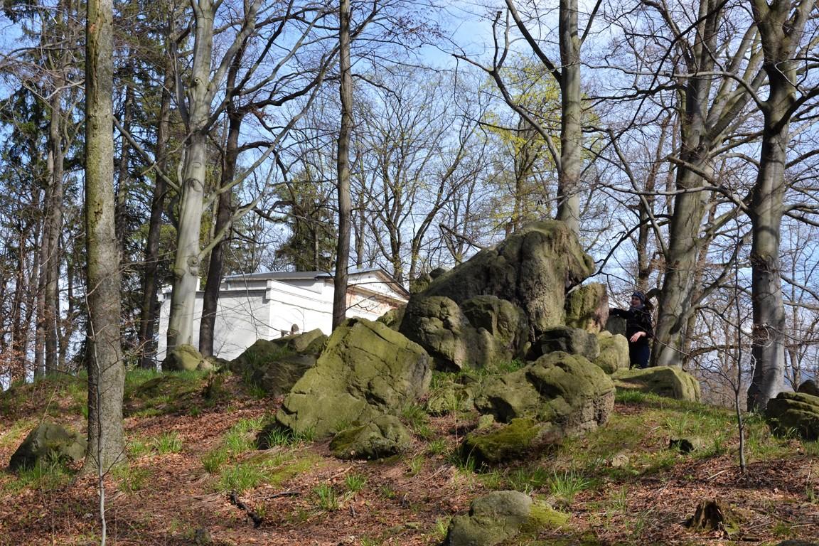 Park-krajobrazowy-w-bukowcu-swiatynia-ateny-zbierajsie (45)