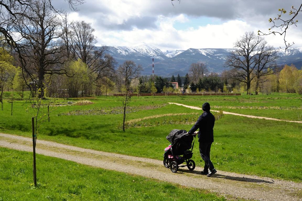 Park-krajobrazowy-w-bukowcu-swiatynia-ateny-zbierajsie (28)