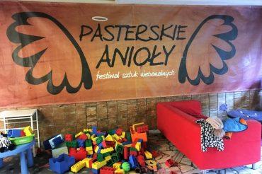 Dziecko w restauracji – Pasterkrowa w Pasterce – Gdzie spotkać Pasterskiego Anioła?