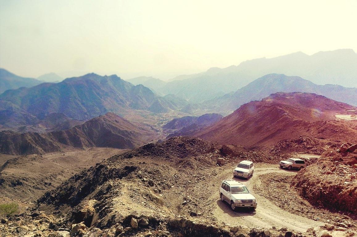 Wycieczki-fakultatywne-w-emiratach-arabskich-alquellatours_Off road