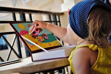 Inspiracje prezentowe na Gwiazdkę 2017 – praktyczne i sprawdzone zabawki na wakacjach z dzieckiem!