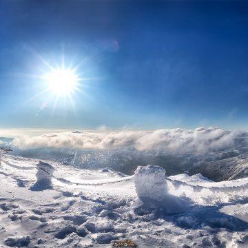 Zimowa Śnieżka to inny świat. Chcesz ją zobaczyć?