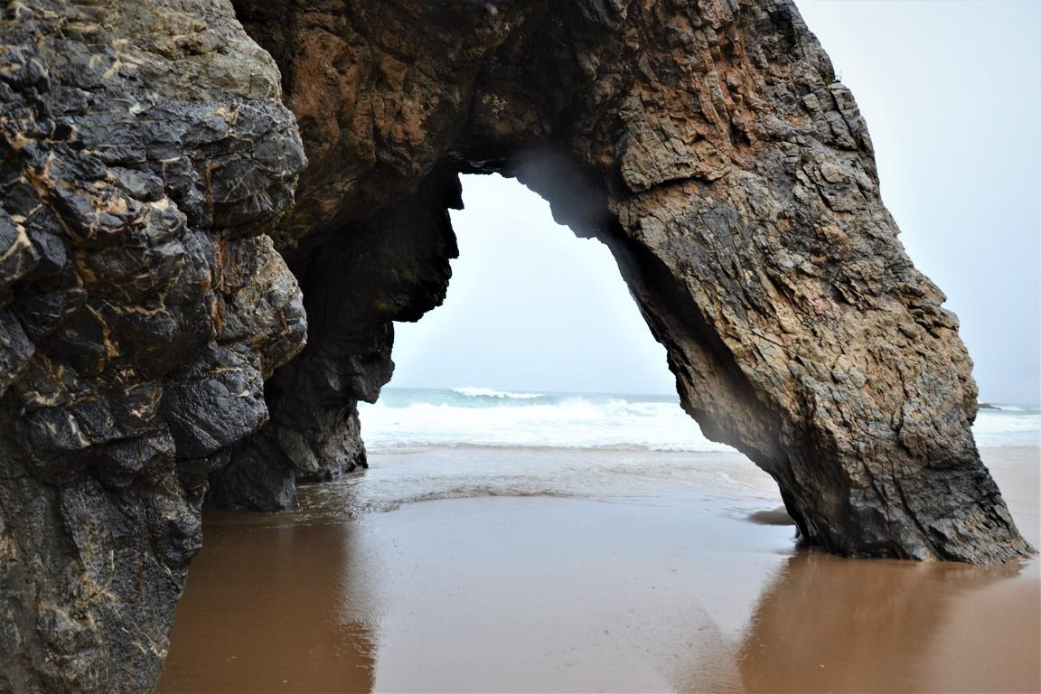 Plaże nadoceanem wokolicy Lizbony_Park_Natury_Sintra_Praia_Adraga_Zbierajsie (10)