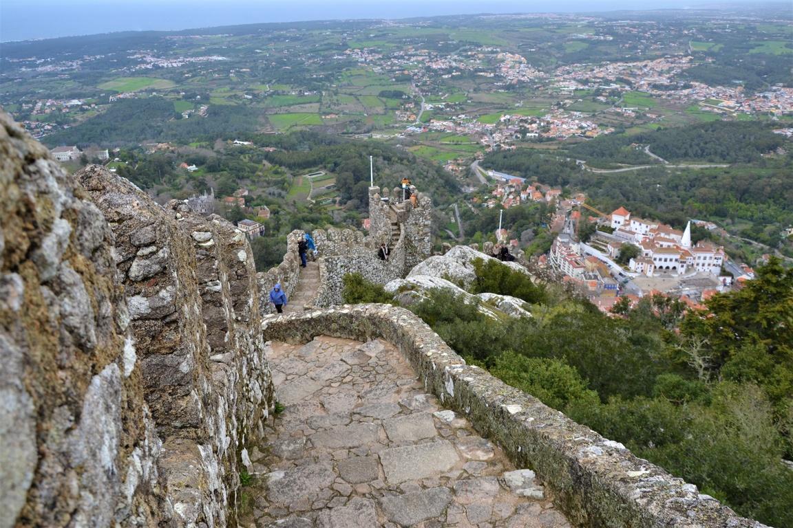 Portugalia, Sintra, Zamek Maurów, Zbierajsie (14)