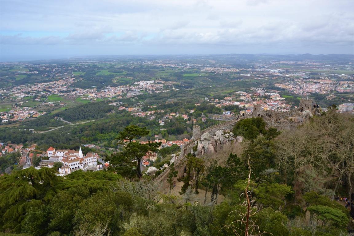 Portugalia, Sintra, Zamek Maurów, Zbierajsie (19)