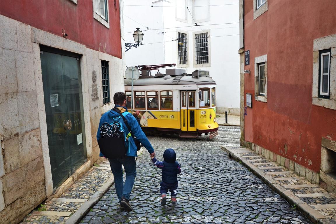 Portugalia_Lizbona_Wózek_na_wakacje_z_dzieckiem_GB_Pockit_opinie_zzbierajsie (4)