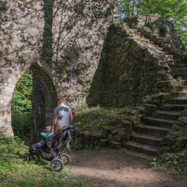 Zamek Grodziec na Pogórzu Kaczawskim_zbierajsie (1)