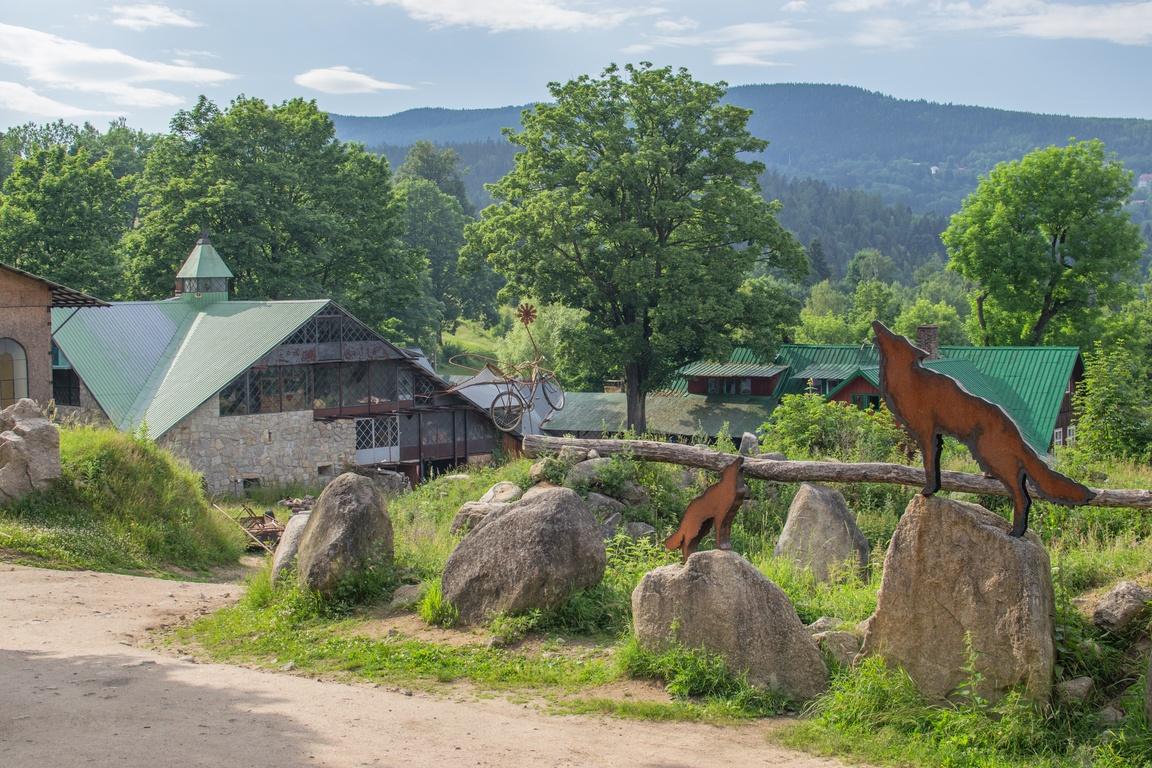 wodospad_szklarka_z_wozkiem_zbierajsie (32)