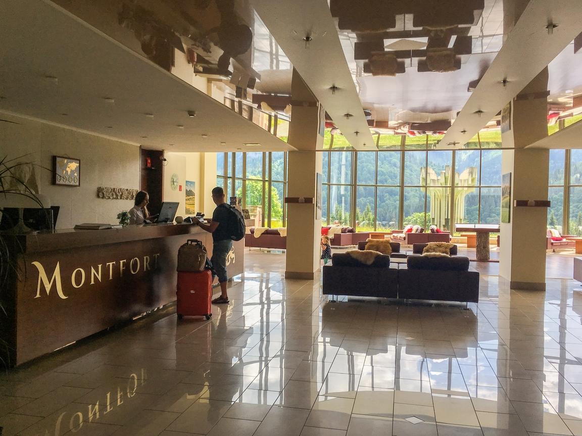 hotel_monfort_tatry_zbierajsie_sciezka_w_koronach_drzew_bachledka_slowacja (33)