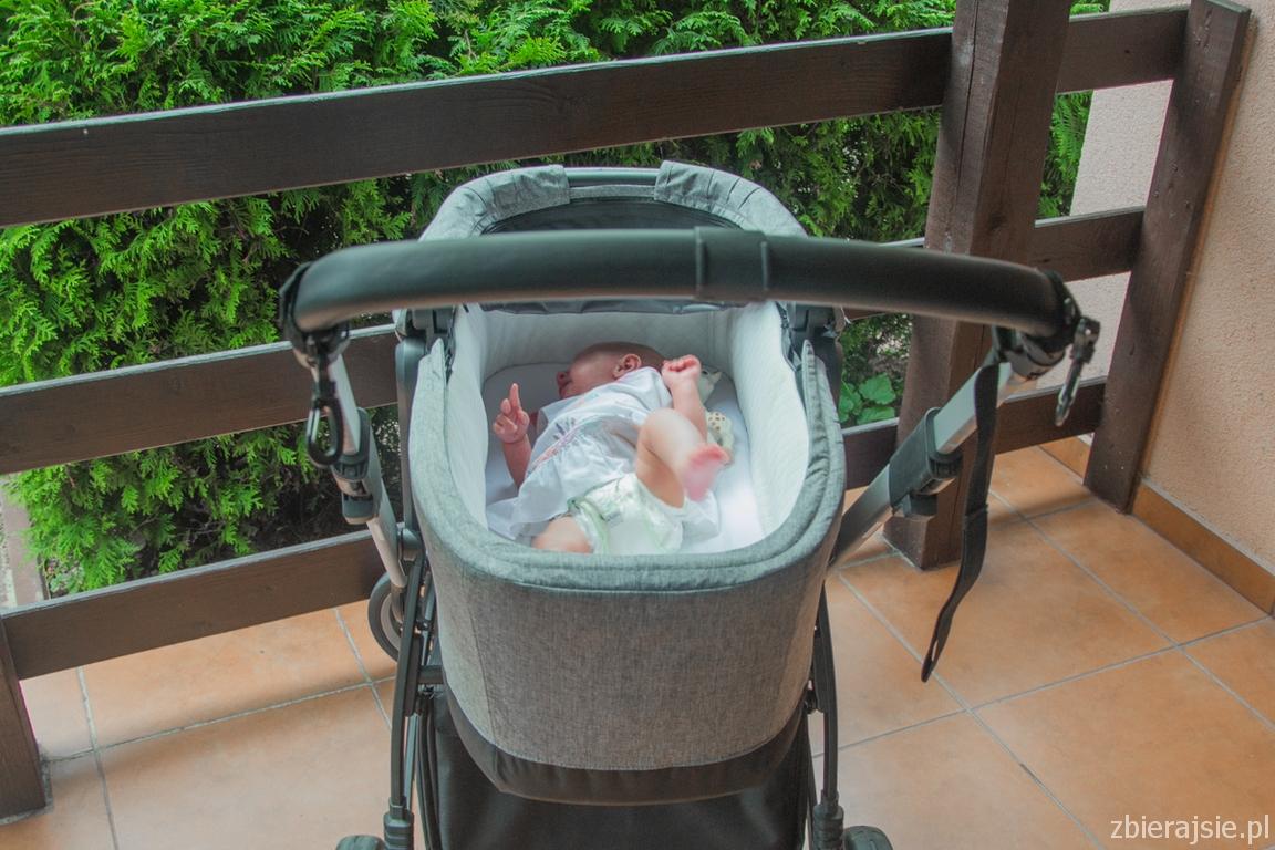 Pierwszy_spacer_Muumi_baby_pieluszki_zbierajsie