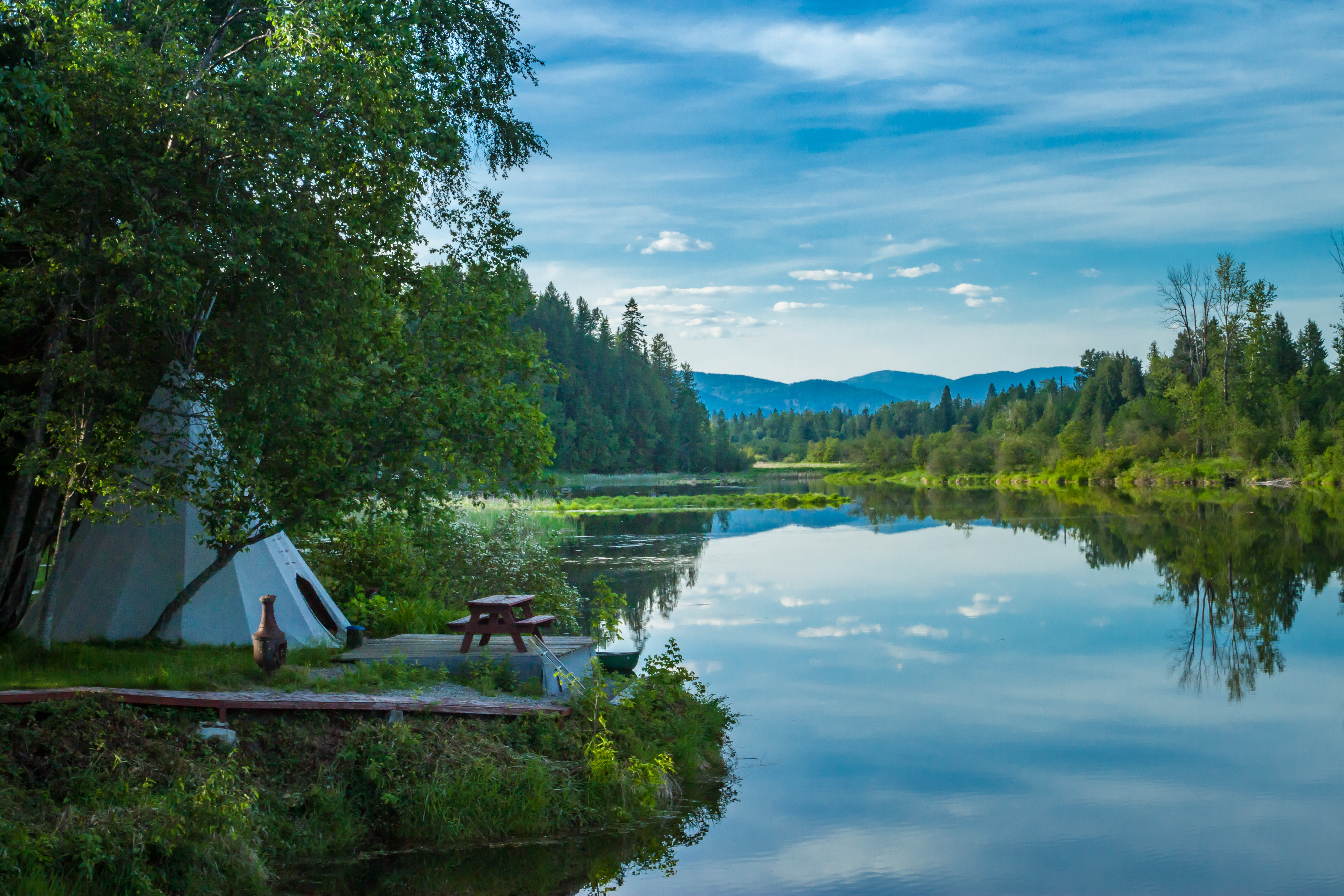 Glamping, Tipi, photo by Tim Peterson on Unsplash