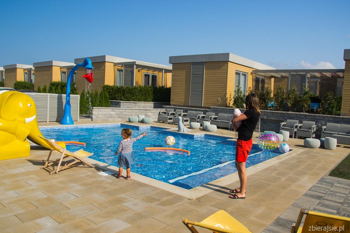 basen_domki_Soleo_Holiday_club_osrodek_wypoczynkowy_w_rewalu_zbierajsie (56)