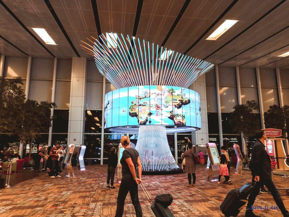 noc_na_lotnisku_changi_w_singapurze_lounge_dzieki_diners_club (18)