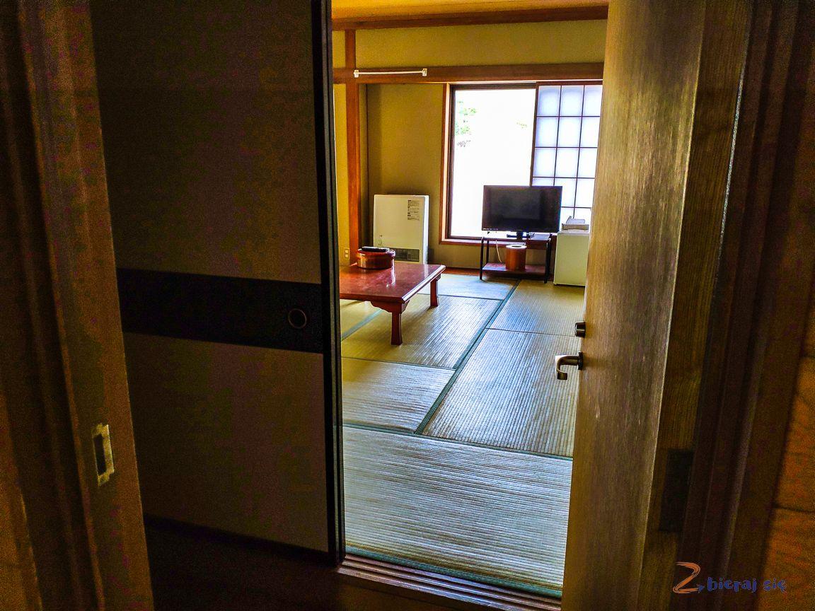 https://zbierajsie.pl/wp-content/uploads/2019/10/Japonia_hotel_w_japonii_ryokan_zbierajsie_gdzie_spac_W_japonii_fuji-34.jpg