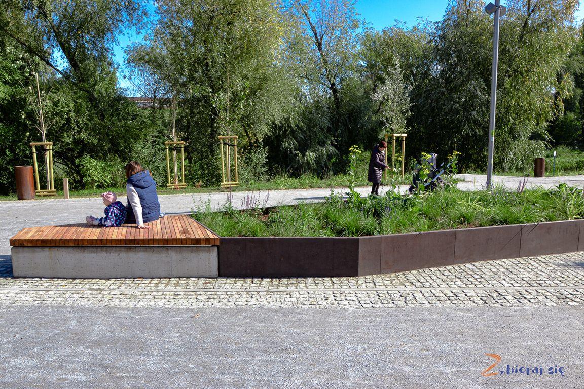 promenada_olawska_traugutta_wroclaw_na_zielono_zbierajsie_bulwar_nad_olawa_wodny_plac_zabaw