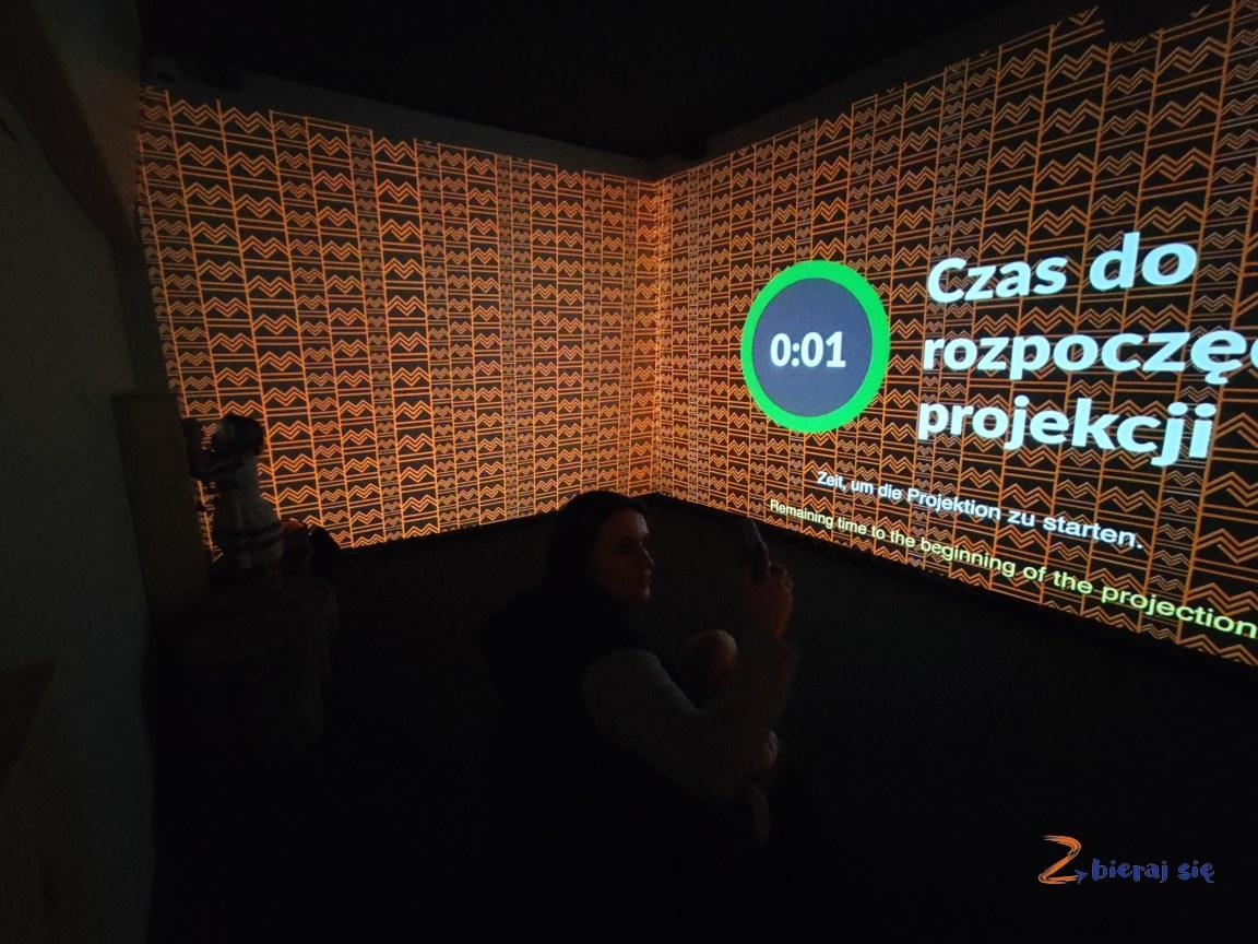 zegar wMultimedialne Muzeum Karkonoszy wKarpaczu