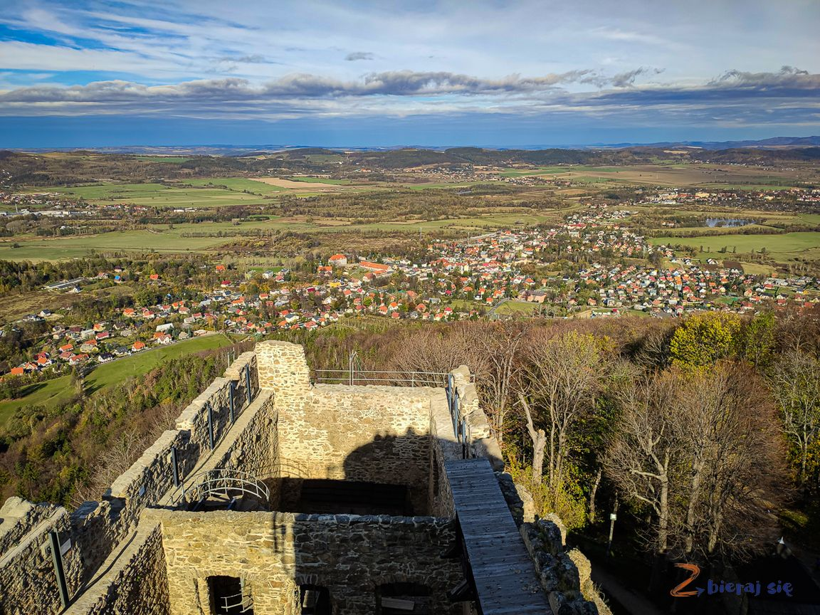 Zamek Chojnik, widok zwieży