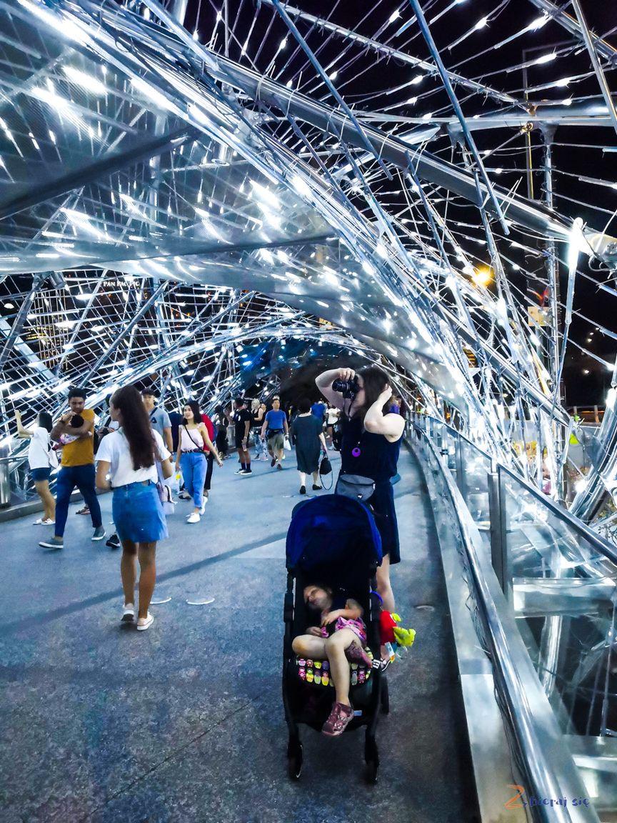 singapur-plan-zwiedzania-zbierajsie_helix_bridge