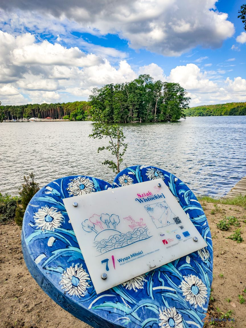 lubuskie_atrakcje_wyspa_milosc_lubniewice_jezioro_lubiaz_michalina_wislocka_zbierajsie