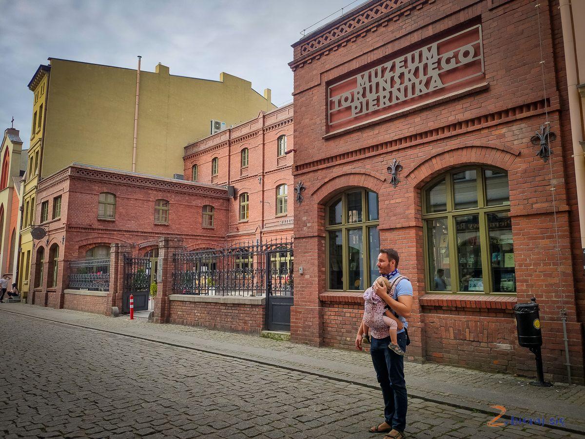 Torun_dla_dzieci_zbierajsie_muzeum_toruskiego_piernika_kopernik