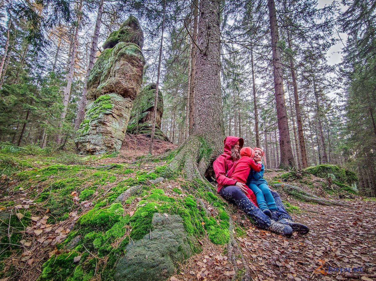radkowskie-skaly-co-zobaczyc-w-okolicy-radkowa-w-gorach-stolowych-zbierajsie (302)