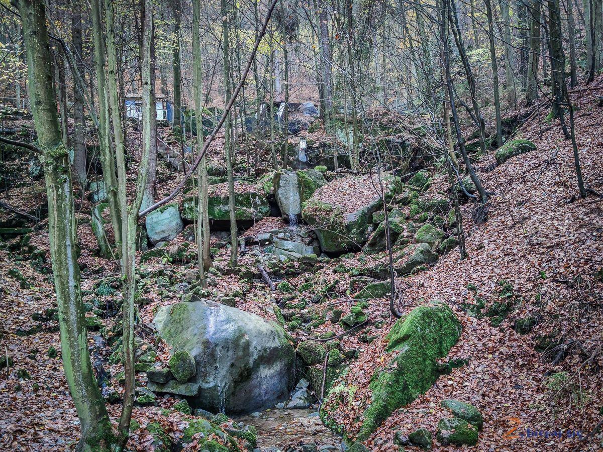 wodospad-posny-co-zobaczyc-w-okolicy-radkowa-w-gorach-stolowych-zbierajsie (2)