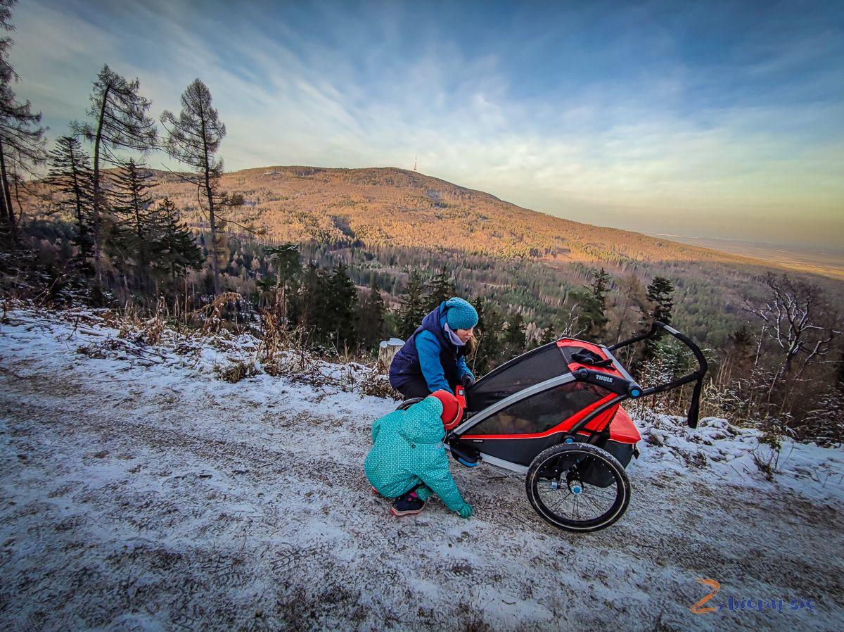 co robić zdziećmi zimą naDolnym Śląsku - zimowy spacer - radunia
