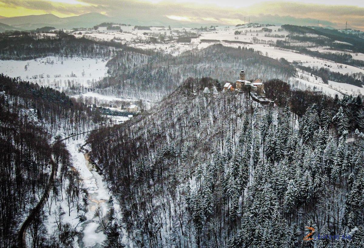 Ktore miasta imiasteczka naDolnym Slasku zachwycaja najbardziej-Zagorze-Slaskie-Zamek_Grodno