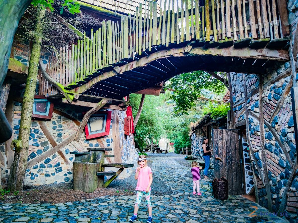 Park-przygdy-kulturinsel-turisede-na-granicy-Polski-i-niemiec-nysa-luzycka-zgorzelec-goerlic-zbierajsie (68)
