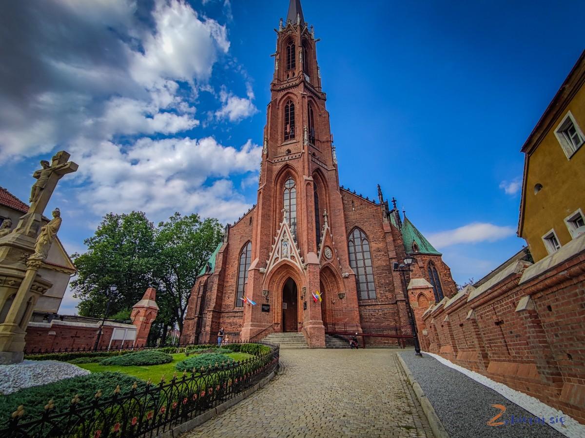 Bielawa-i-okolice-kosciol-Wniebowziecia-Najswietszej-Maryi-Panny-zbierajsie (14)